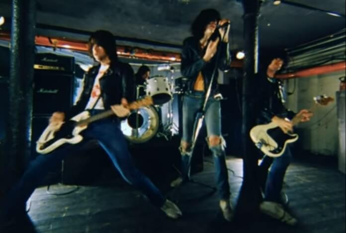 Ramones - Im Against It