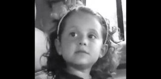 Ariana Grande aos 4 anos de idade