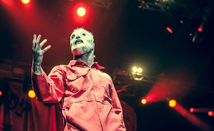 Corey Taylor com o Slipknot na Rússia, 2011