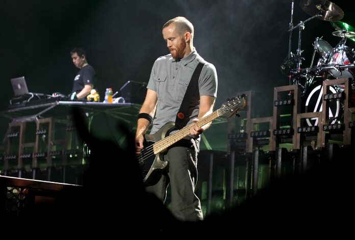 Dave Phoenix Farrell, do Linkin Park