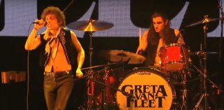 Greta Van Fleet no Almost Acoustic Christmas 2018