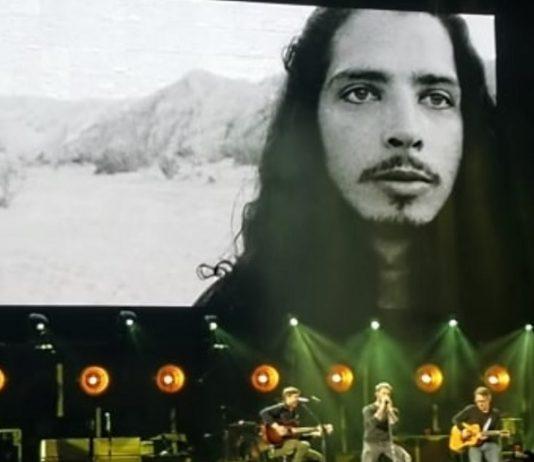 Adam Levine e Stone Gossard Chris Cornell Tributo