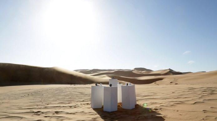 Africa do Toto tocando pra sempre no deserto africano
