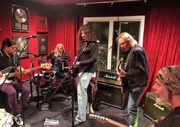 Foo Fighters Iron Maiden Metallica Supergrupo