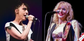 Kathleen Hanna (Bikini Kill) e Courtney Love (Hole)