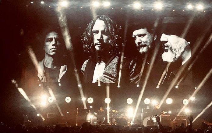 Soundgarden I Am The Highway Chris Cornell Tributo