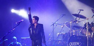 Adam Lambert com o Queen em 2012