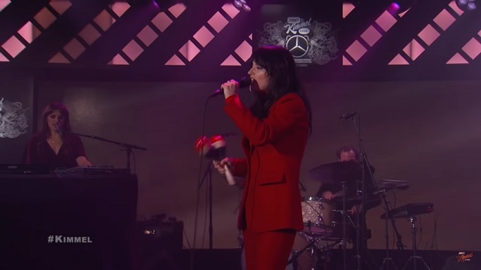 Sharon Van Etten no Jimmy Kimmel Live