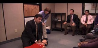 Cena da massagem cardíaca em The Office
