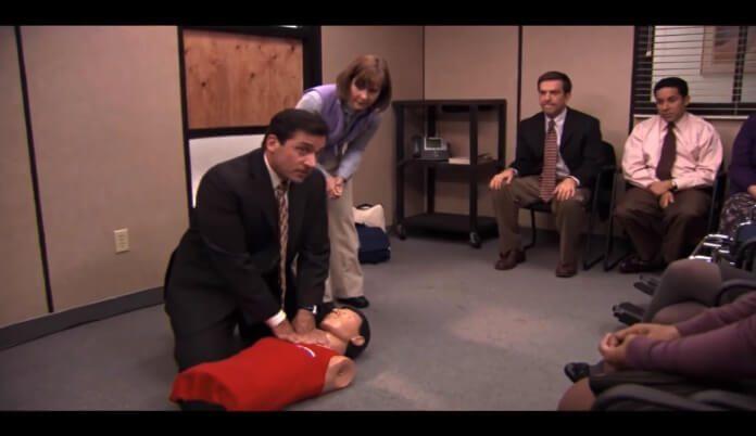 Cena da massagem cardíaca em The Office