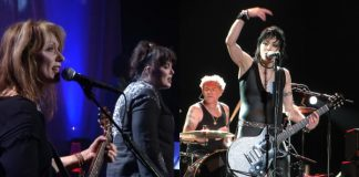 Ann Wilson Nancy Wilson Heart Joan Jett