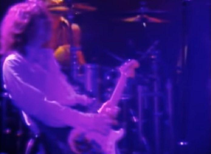 Billy Corgan e a strato roubada