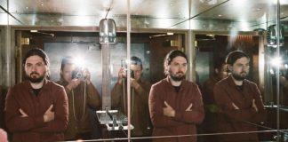 Good Cop Bad Cop (Arctic Monkeys e Milburn)