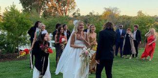 Kevin Parker (Tame Impala) se casando