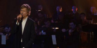 Beck em programa de televisão
