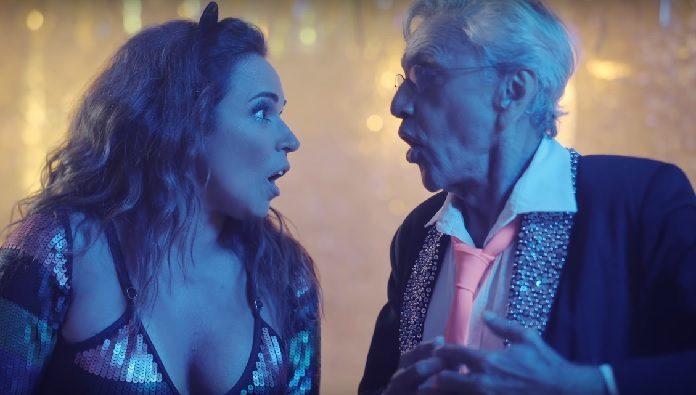 Caetano Veloso e Daniela Mercury no clipe de