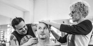 Corey Taylor trabalha em nova máscara