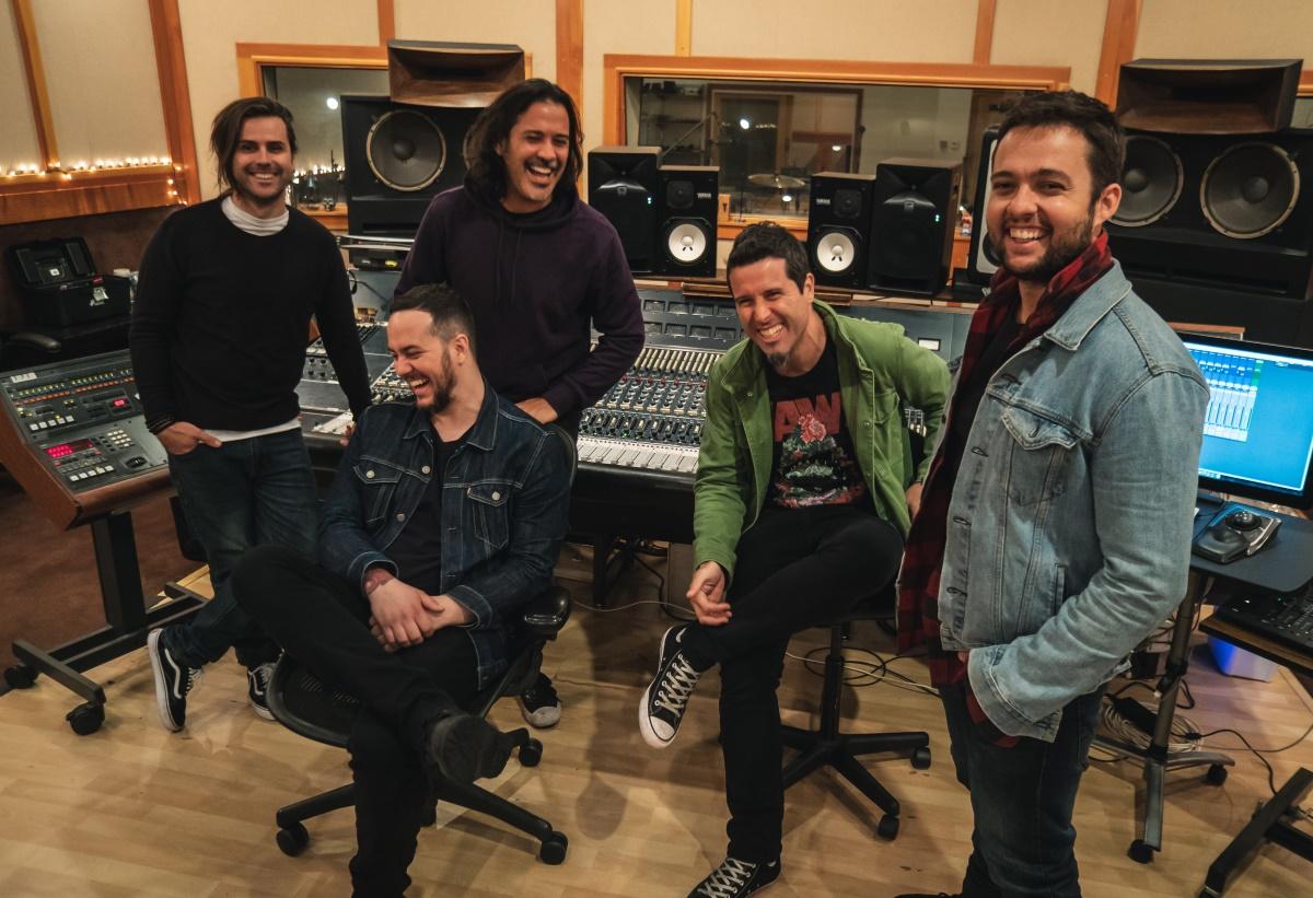 Ego Kill Talent nos estúdios 606