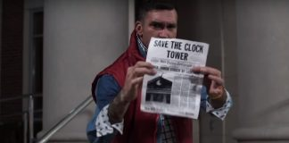"Jordan Pundik (New Found Glory) no clipe de ""The Power of Love"""