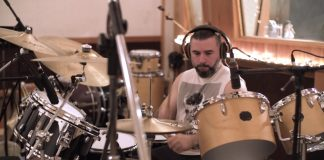 John Dolmayan gravando com o Ego Kill Talent