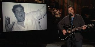 Adam Sandler homenageia Chris Farley