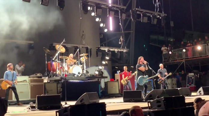 Foo Fighters, Dave Grohl no Sonic Temple