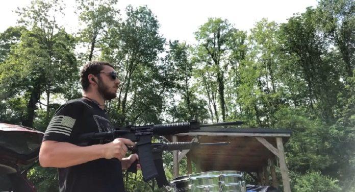 Gun Drummer Bateria Slipknot Armas