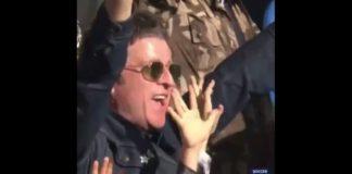 Noel Gallagher comemora com o Manchester City