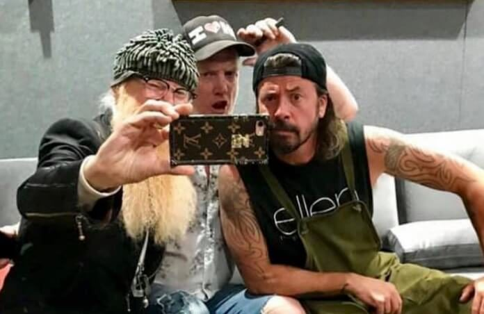 Billy Gibbons, Josh Homme e Dave Grohl