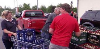 Moradores compram toda cerveja de Ostritz