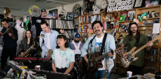 Foxing no Tiny Desk