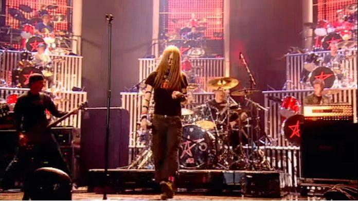 Avril Lavigne - sk8er boi no Brits