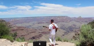 Guitarrista hino nacional Estados Unidos Grand Canyon