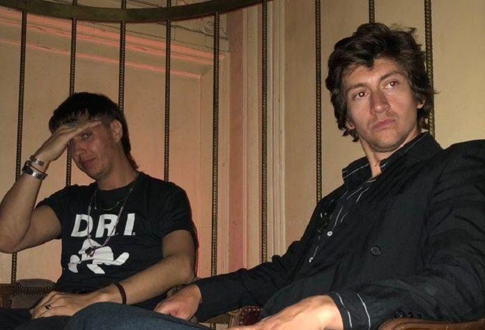 Julian Casablancas e Alex Turner