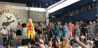 Dolly Parton no Newport Folk Festival