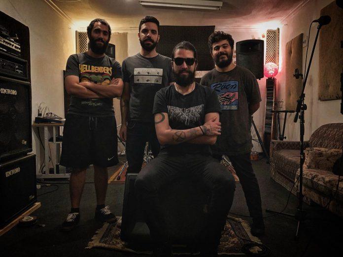 Hellbenders em estúdio