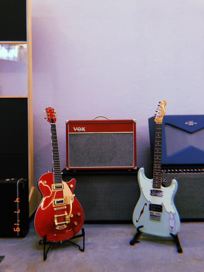 Guitarras na Casa de Música - Escuta As Minas