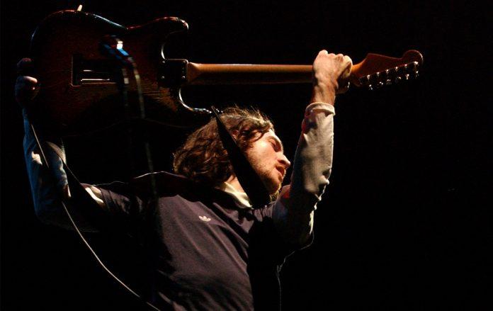John Frusciante com o RHCP em 2002