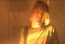 "Kurt Cobain em ""Smells Like Teen Spirit"", do Nirvana"
