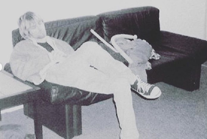 Kurt Cobain sofá Fat Mike
