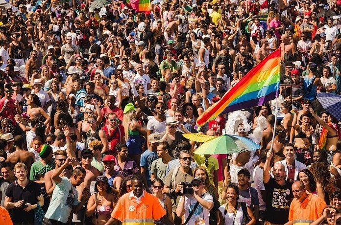Parada do Orgulho LGBTI Rio celebra os 50 anos da Revolta de Stonewall