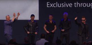 Tim Cook e U2 em conferência da Apple em 2014