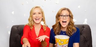 Jenna Fischer (Pam Beesly) e Angela Kinsey (Angela Martin) The Office