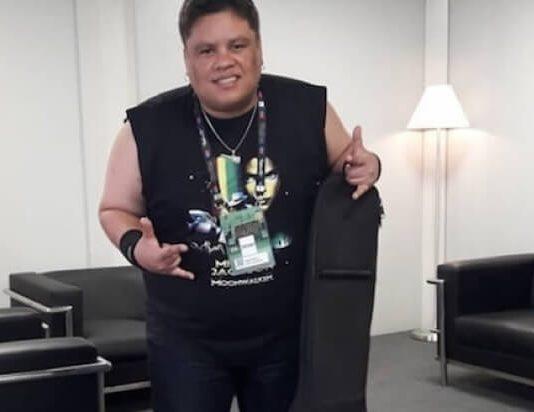 Júnior Groovador no camarim do Rock In Rio