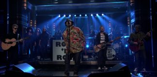 Liam Gallagher no Tonight Show with Jimmy Fallon