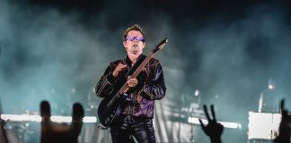 Matt Bellamy com o Muse no Rock In Rio 2019