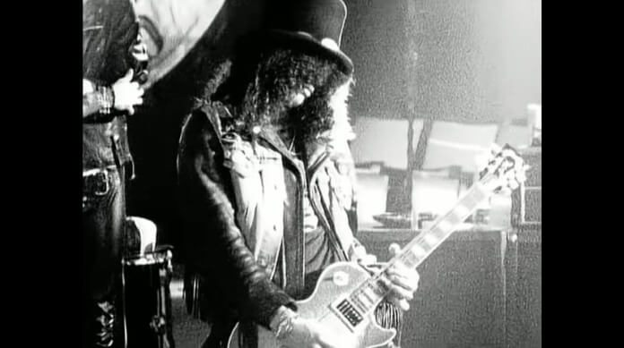 Slash no clipe de Sweet Child O Mine, do Guns N Roses
