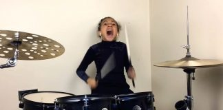 Garotinha 9 anos Nirvana bateria