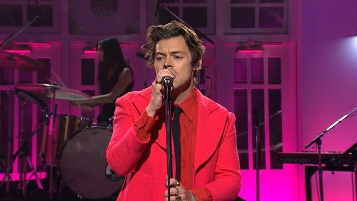 Harry Styles SNL Watermelon Sugar