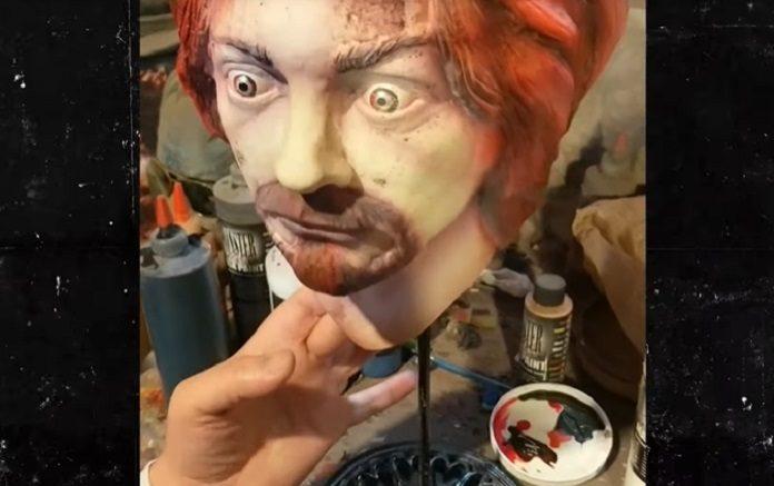 Charles Manson Máscara com cinzas